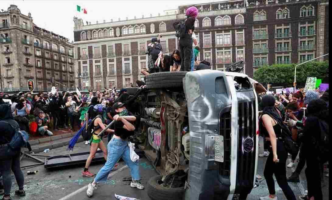 REPORTAN 38 LESIONADAS POR MARCHAS EN CIUDAD DE MÉXICO