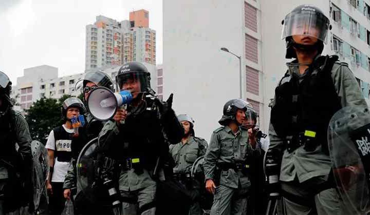 PONEN EN CUARENTENA A 130 POLICÍAS EN HONG KONG POR CORONAVIRUS