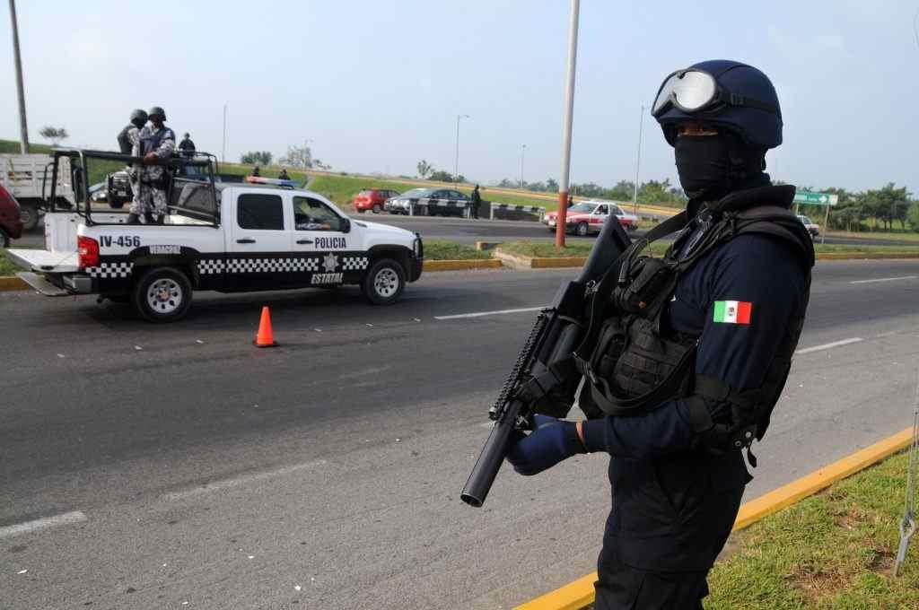 DAN DE BAJA A 400 POLICIAS ESTATALES