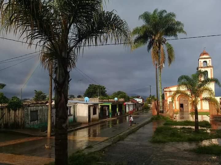 TEMEN BROTE DE CORONAVIRUS EN TOZONGO