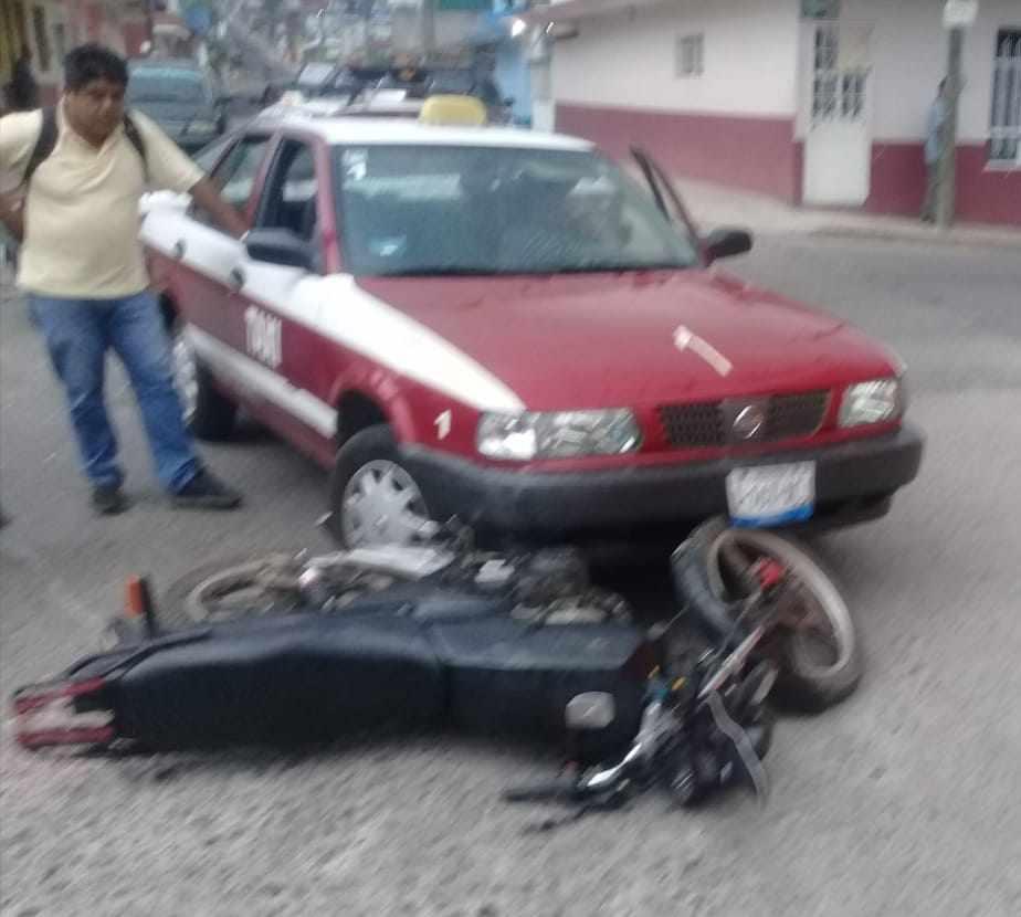 EMBISTE TAXI A MOTOCICLISTA