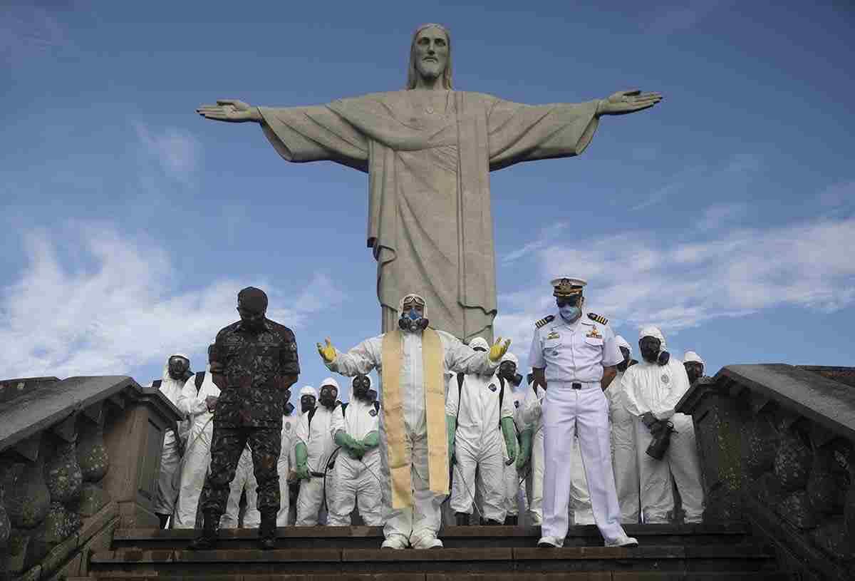 CRISTO REDENTOR REABRE AL PÚBLICO EN BRASIL