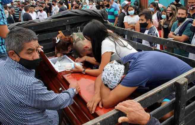 VIOLENCIA EN COLOMBIA DEJA 17 MUERTOS