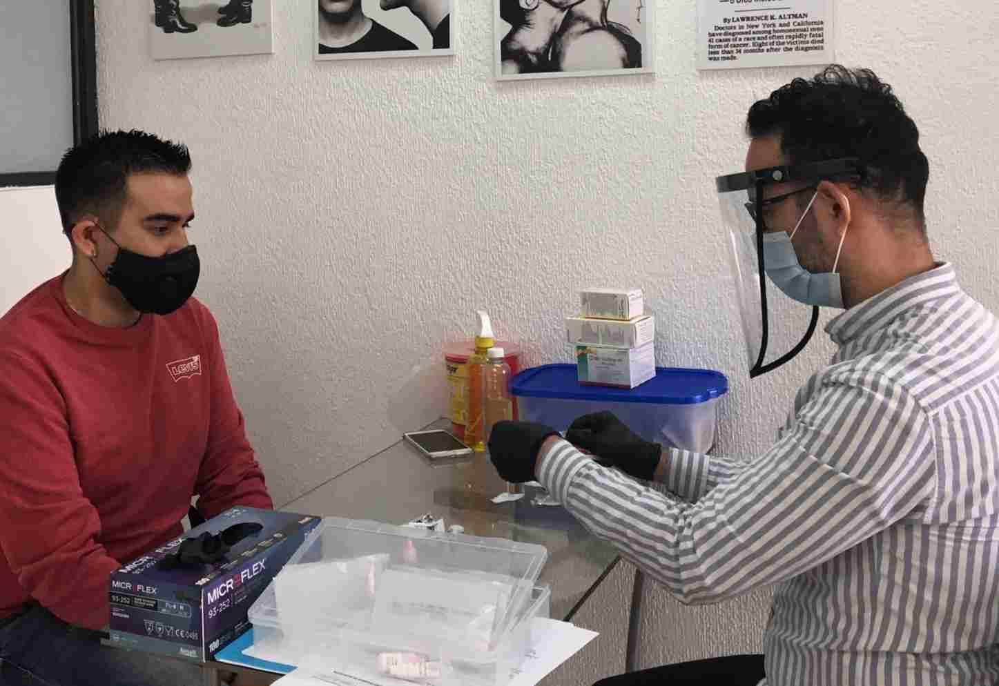 PACIENTES CON VIH, VULNERABLES POR CONTINGENCIA SANITARIA