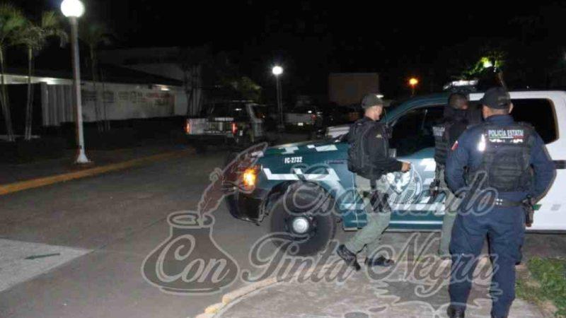 MUEREN DOS OFICIALES DE FUERZA CIVIL EN VOLCADURA