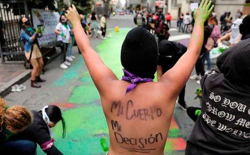 COLECTIVOS FEMINISTAS PIDEN DESPENALIZAR EL ABORTO EN COLOMBIA
