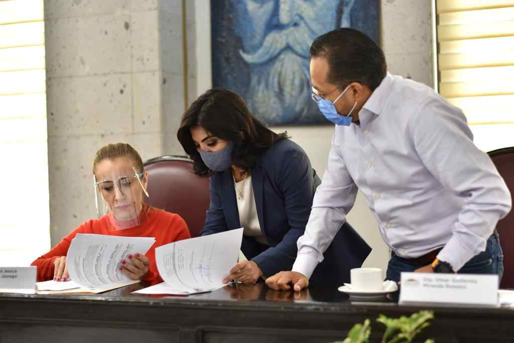 MUNICIPIOS ENVÍAN AL CONGRESO, INICIATIVAS PARA MODIFICAR SU CÓDIGO HACENDARIO