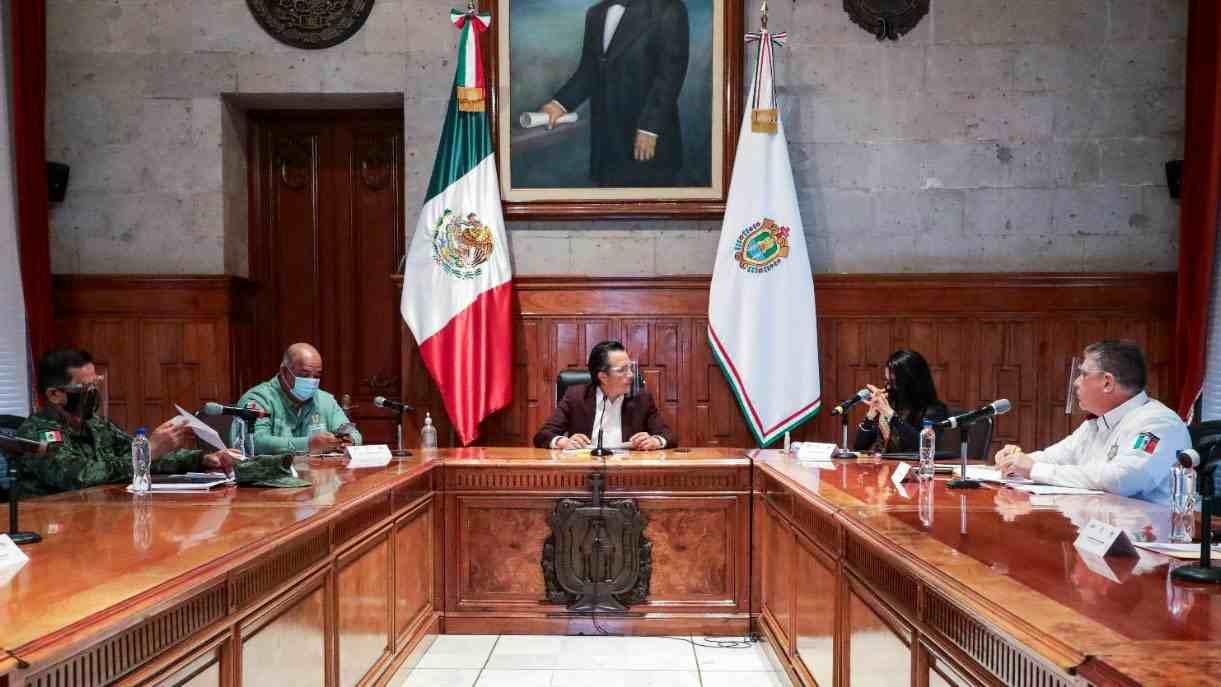 JUECES LIBERAN DELINCUENTES: ACUSA GOBERNADOR