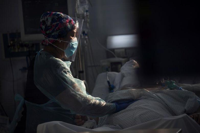 MÉXICO LLEGA A LAS 70 MIL 821 MUERTES POR CORONAVIRUS