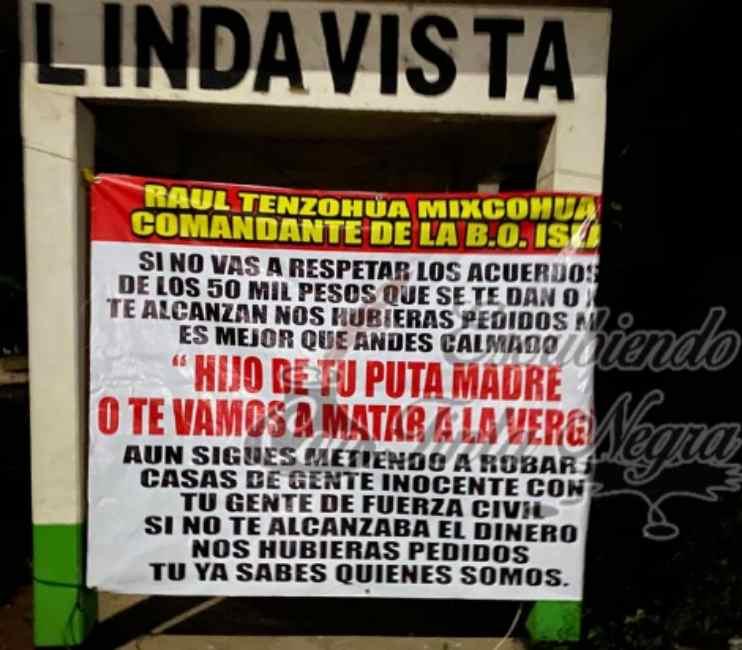 APARECEN NARCO MANTAS CONTRA FUERZA CIVIL