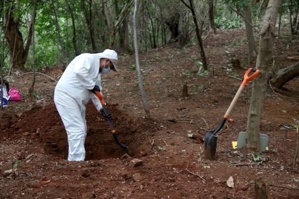 LOCALIZAN 59 CUERPOS EN FOSA CLANDESTINA EN SALVATIERRA, GUANAJUATO