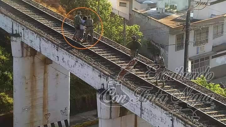 FRUSTRAN SUICIDIO EN XALAPA