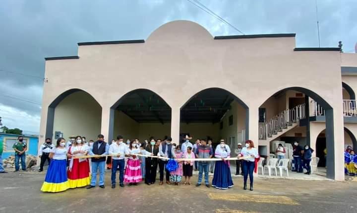 INAUGURAN REMODELACIÓN DEL PALACIO DE TENAMPA