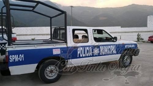 POLICIA USABA CAMIONETA ROBADA COMO PATRULLA