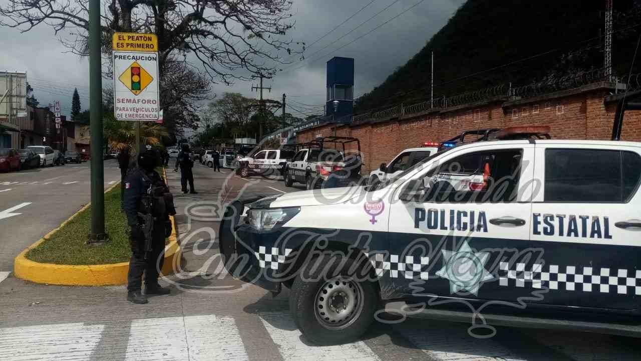 DESARMAN A POLICÍA DE ORIZABA