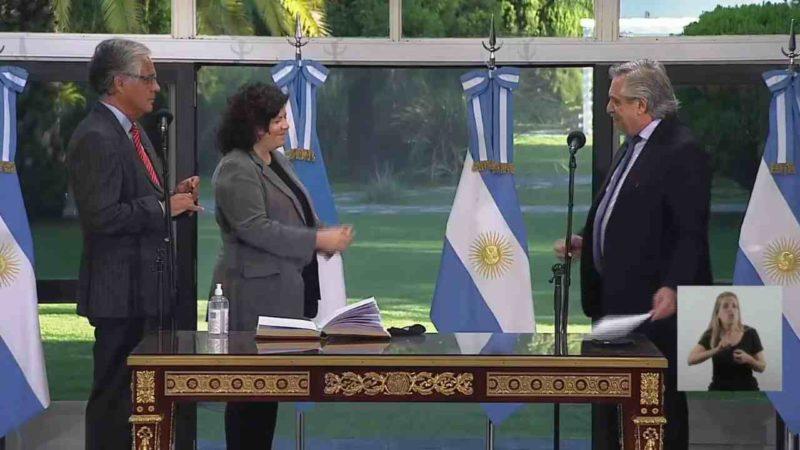 NUEVA MINISTRA DE SALUD DE ARGENTINA ASUME EL CARGO TRAS ESCÁNDALO DE VACUNAS CONTRA COVID-19