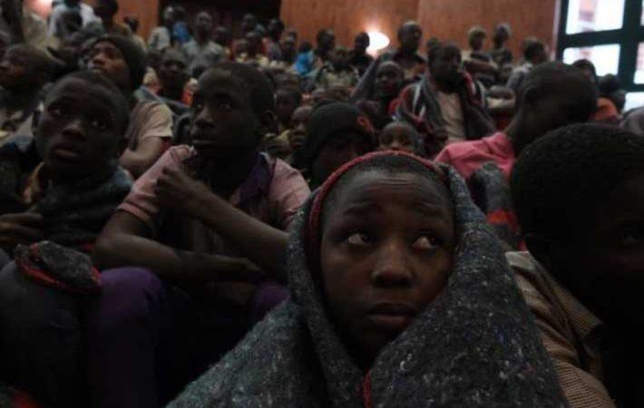 LIBERAN A 42 PERSONAS SECUESTRADAS EN ESCUELA DE NIGERIA
