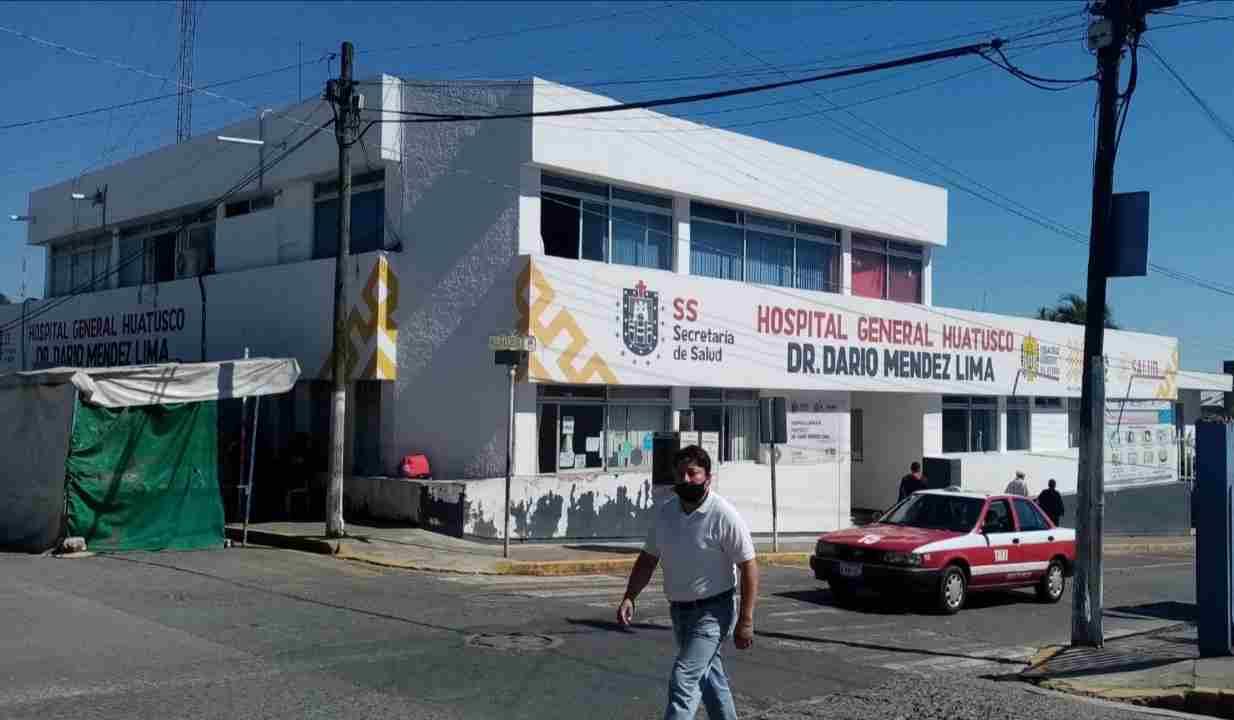 SE QUEDAN ESPERANDO VACUNA CONTRA COVID-19
