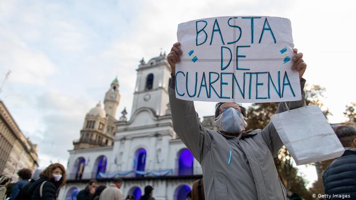 DISTURBIOS Y VIOLENCIA EN ARGENTINA POR REGRESO AL CONFINAMIENTO POR COVID-19