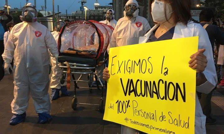 AMLO PIDE A MÉDICOS PRIVADOS ESPERAR SU TURNO PARA VACUNA