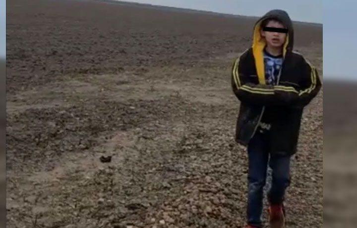 NIÑO ABANDONADO EN FRONTERA NO IBA SOLO; SU MADRE ESTÁ SECUESTRADA EN MÉXICO