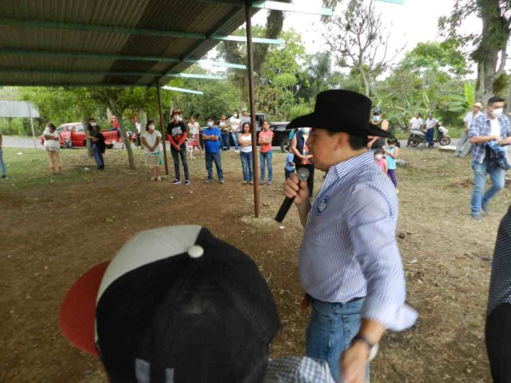 HUATUSCO NECESITA VISIÓN DE FUTURO; URCINO MÉNDEZ