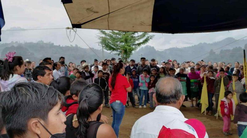 COMUNIDADES GARANTIZAN TRIUNFO A GUADALUPE ROSAS EN CALCAHUALCO