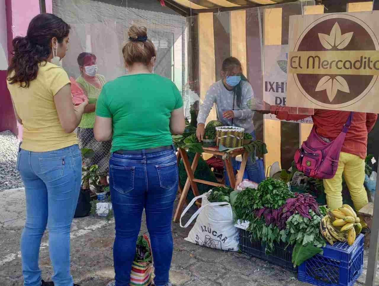 """SE REACTIVA ECONOMÍA DE IXHUATLÁN CON """"EL MERCADITO"""""""